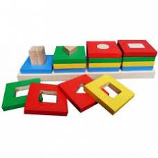 Деревянная игрушка Пирамидка Цветной квартет KOMAROVTOYS А 344