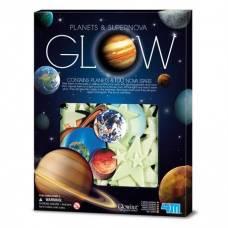 Игровой набор 4M Светящиеся наклейки Планеты и 100 звезд 00-05631